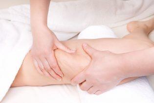 22553197 - therapist doing  anti cellulite massage to improve skin condition